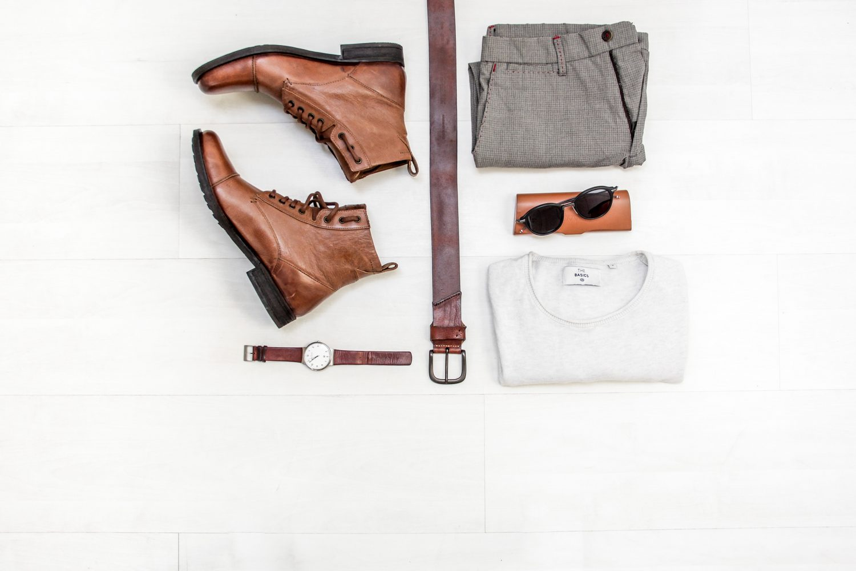 Uniwersalne ubrania i minimalizm, czyli jak doprowadzić swoją garderobę do perfekcji